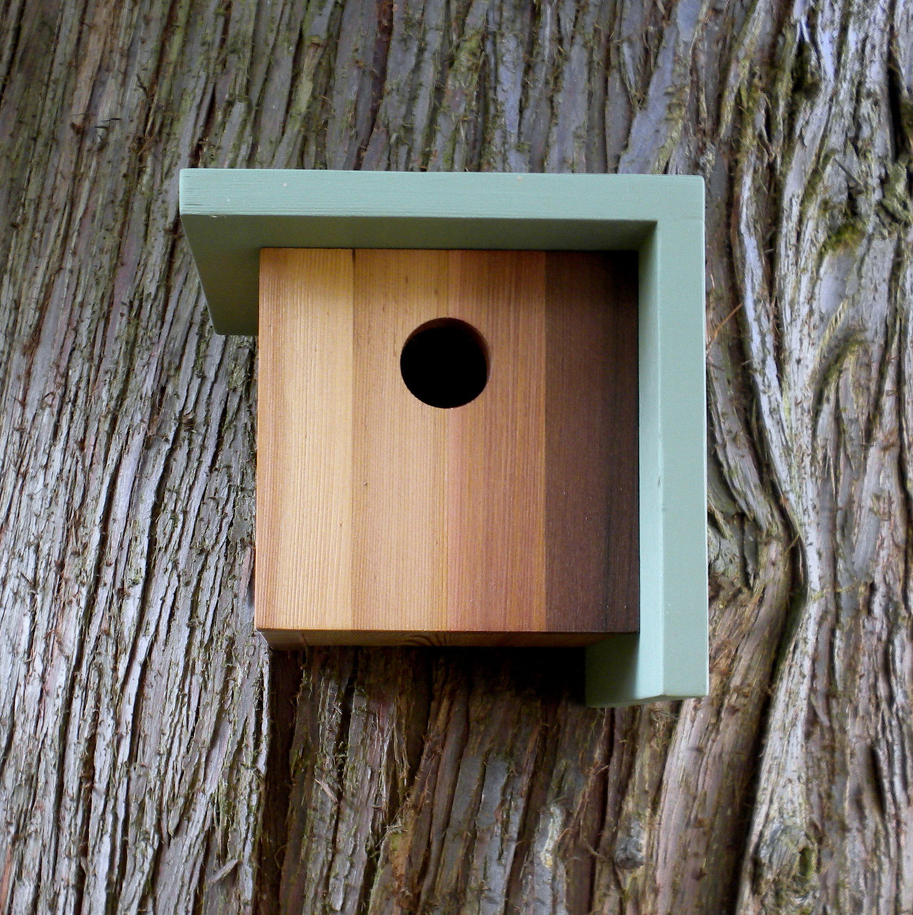The Right Angle Birdhouse
