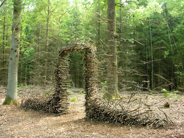 Nature Installations by Cornelia Konrads