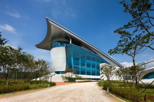 Gyeongju Arts Center / Samoo Architects