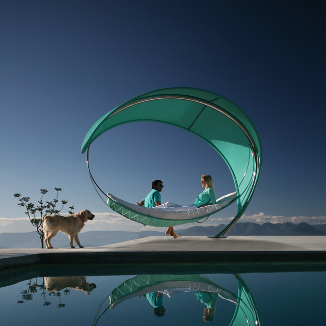 The Wave Hammock by Twiterski