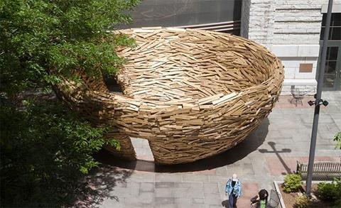 The Reading Nest by Mark Reigelman (10,000 Discarded Wood Boards to Build a Large Nest)