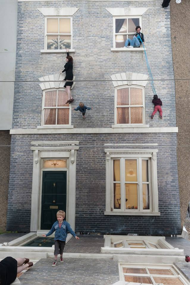 Reflective Optical Illusion House by Leandro Erlich